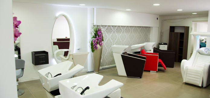Showroom-mobilier-coiffure